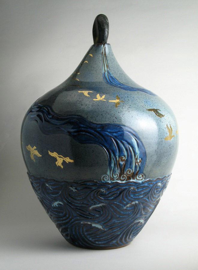 Flying Home 2 - Ceramic pot