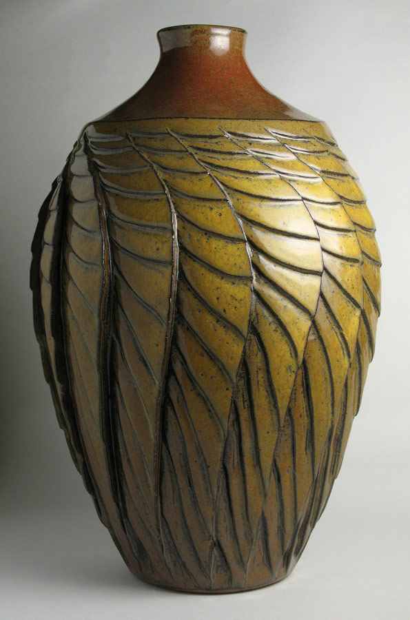 Unfolding - Gold ceramic vase